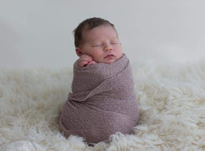 KathrynHylander_Carnes_Newborn_6